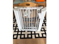 3 Safety first baby gates with 2 extensions