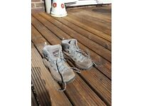 Berghaus walking boot size 3