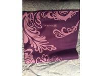 Gaiam yoga mat purple, 3mm, NEVER USED