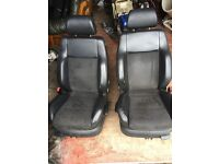 Bora highline half leather bucket seats