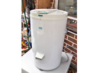 COMPACT SPIN DRIER DRYER.FREE DELIVERY B,MOUTH AND LYMINGTON AREAS