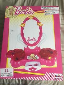 BRAND NEW Barbie beauty centre
