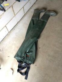 Ron ThompsonFishing chest waders size 11