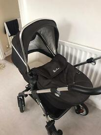 Black silver cross wayfarer with carrycot/stroller & car seat