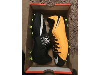 Brand new Jnr Nike football boots £20
