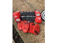 Boxing punch bag & glove kit