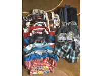 Bundle boys clothes - 12 to 18 mnths