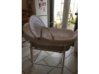 Clair de Lune White wicker Moses basket and rocking stand stand