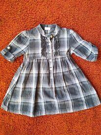 Age 3-4 Grey check Next dress