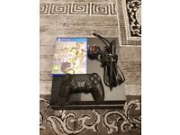 Sony PS4 Playstation 4 500GB With 1 game original controller and wires