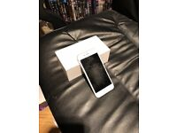 Unlocked iPhone 6 - 64gb Silver Used in Good Condition