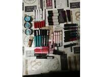 Makeup bundle x40 items