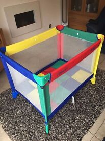 Graco travel cot complete with separate microfiber padded fold up mattress in very good condition