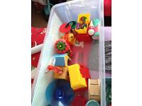 Free hamster cage, toys and accesoriesn