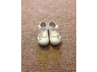 Princess pearl christening shoes size 4