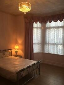 1 bedroom flat in Marlborough Road, Roath, Cardiff, CF23