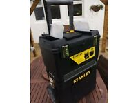 Toolbox / Stanley Mobile Work Centre