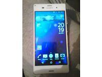 Sony Xperia Z3 D6603 - 16GB - White (Unlocked) Smartphone