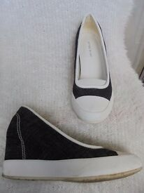 Size 7 - Black & White canvass shoes