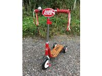 Radio Flyer Scooter, rarely used, in very good condition!