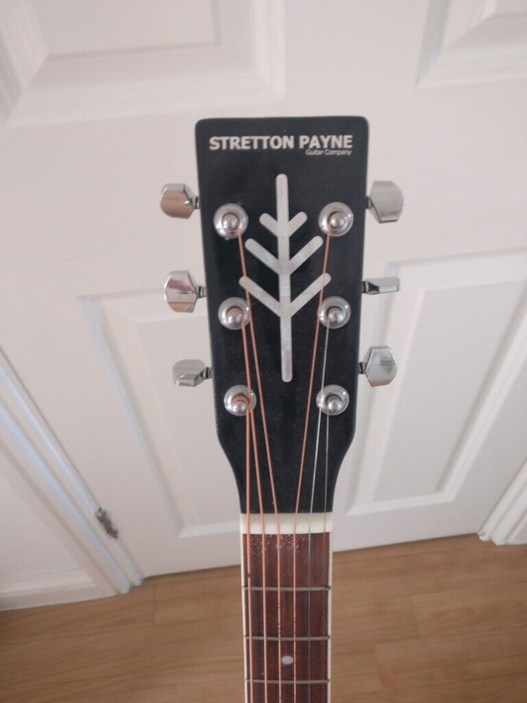 Stretton Payne D1 acoustic guitar with Bag + Strap + Tuner + 2 Plectrums +  Frame   in Cambridge, Cambridgeshire   Gumtree