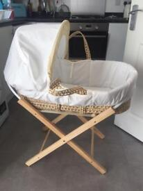 Moses basket and stand in very good condition
