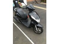 Stunning Peugeot kisbee 100CC moped for sale
