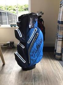 Titleist Stadry Cart Bag Perfect condition with tag 2 wks old