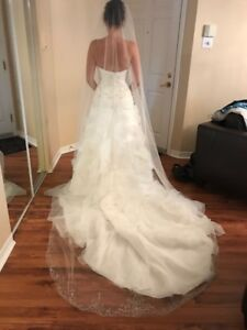 Très belle robe haute gamme /Beautiful Wedding dress