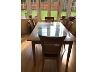 Oak dining table with 5/6 chairs