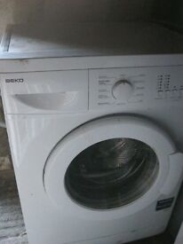 WHITE 'BEKO' WASHING MACHINE. IN GOOD CONDITION. IN GOOD WORKING ORDER. VIEW/DELIVERY AVAILABLE