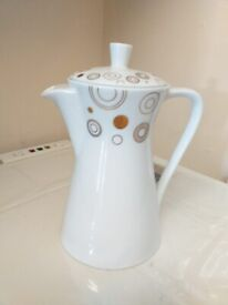 Tea Pot ( white with gold pattern)