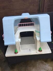 Free plastic child's doll house