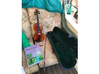 1/2 sized child's violin