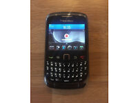 Like New Bargain Unlocked Black BlackBerry Curve 9300 Phone + Charger