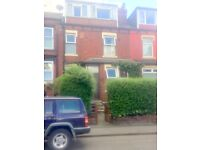 large three bed mid-terrace to rent Harehills Leeds