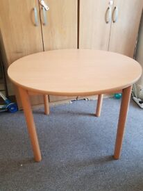ROUND DINING TABLE 39 INCH IN DIAMETER