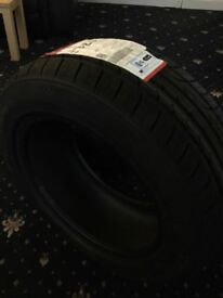 Ford Mondeo car tyres