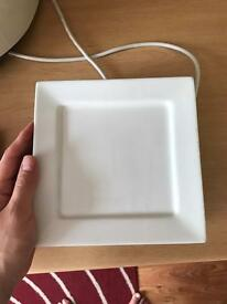 Square and round plates