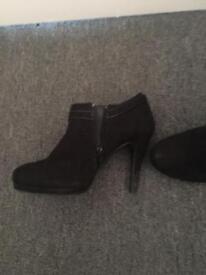Size 4 newlook heels