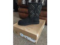 UGG Boots - Genuine Boxed Unworn Size UK 5.5