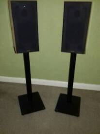 Gale 3020 Speakers and Stands