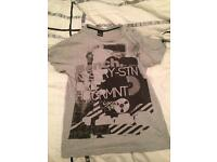 Men's bench tshirt size M