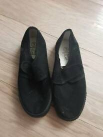 Plimsoles for school size 3.