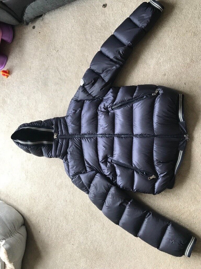 Selling my Moncler Doudoune Legere winter coat   in Redcar, North ... 6b22e68db33