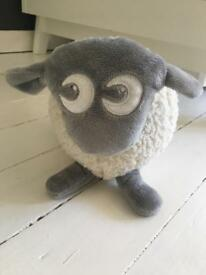 Ewan the sheep (white and grey)