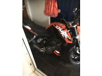 Ktm duke 125cc 2016 had from new hardly used only 3800 miles won't find any better for price mint