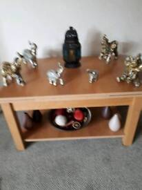 Oak extendable coffee table and display unit can be sold separately in good condition