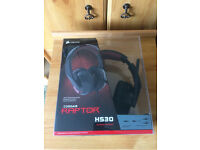 Corsair HS30 Headset / Headphones w/ microphone - mint condition