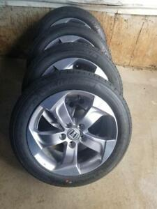 BRAND NEW TAKE OFF 2018 HONDA HRV   OEM 17 INCH WHEELS WITH MICHELIN HIGH PERFORMANCE ALL SEASON 215 / 55 / 17 TIRES